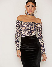 NLY One Choker Off Shoulder Top