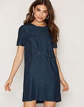 Calvin Klein Daria RN S/S Tencel Dress