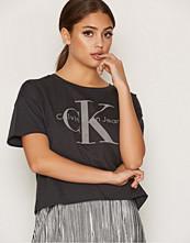 Calvin Klein Teca-14 CN LWK Crop S/S