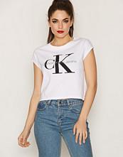 Calvin Klein Taka-1 True Icon Cn