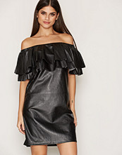 Vila FIMOON OFF SHOULDER DRESS