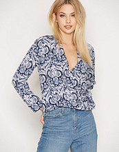 NLY Trend I Love It Blouse