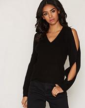Miss Selfridge V-Neck Cold Shoulder Knitted Jumper