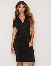 Miss Selfridge Plisse Cold Shoulder Dress