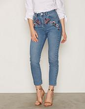 Miss Selfridge Embroidered MOM Jeans