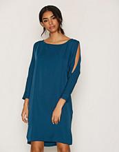 Closet Split Shoulder Slouch Dress