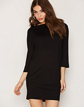By Malene Birger Black Idoija T-shirt