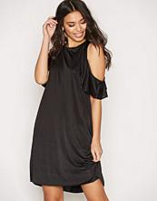 Glamorous Cold Shoulder Satin Dress