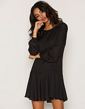 Glamorous Drop Waist Dress