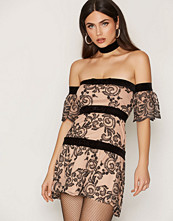 For Love & Lemons Tiramisu Clemence Off-Shoulder
