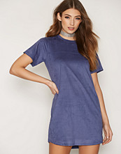 NLY Trend Faux Suede T-shirt Dress