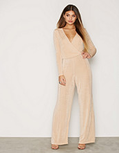 NLY Trend Glam Wrap Jumpsuit