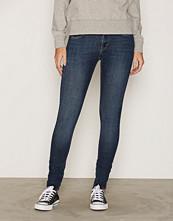 Tiger of Sweden Jeans Medium Blue Slight W62711001 Jeans