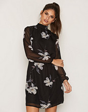 Sisters Point Voma Dress