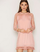 NLY Trend Spring Lace Dress