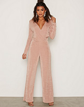 NLY Trend Rose Glamorous Jumpsuit