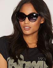 NLY Accessories Cat Eye Sunglasses