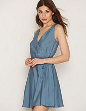 Dagmar Violet Dress