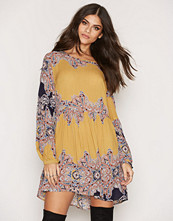 Glamorous Printed LS Dress
