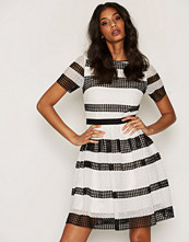 Michael Kors Black Graphic CR Stripe Dress