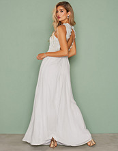 NLY Eve Lace On Top Gown