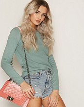NLY Accessories Velvet Chain Crossover Bag