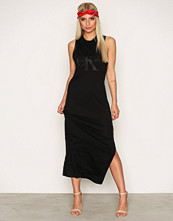 Calvin Klein Drew True Icon Maxi Dress