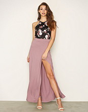 NLY Trend Rose Flowy Maxi Skirt