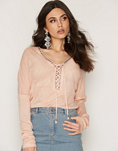 NLY Trend Lacing Detail Top