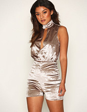 NLY One Keyhole Velour Playsuit