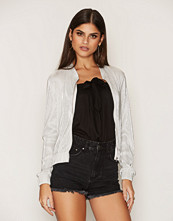 NLY Trend Champagne Pleated Bomber Jacket