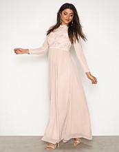 Ax Paris LS Maxi Dress