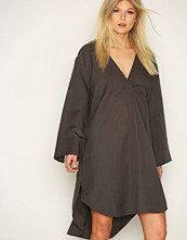 Hope Dark Grey Dose Dress