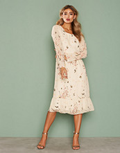 Dry Lake Flowers Holiday Mid Dress