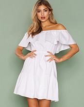 Dry Lake White Loving Singoalla Dress