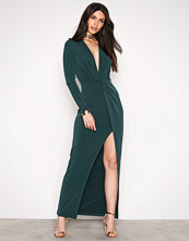 NLY Trend Twisted Drop Plunge Maxi Dress