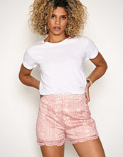 Missguided Pink Lace Scallop Hem Shorts