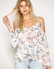 New Look White Cold Shoulder Flared Sleeve Top