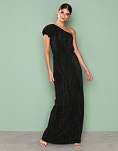 NLY Eve Svart One Shoulder Drape Gown