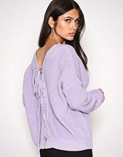 NLY Trend Lilla V-Back Lace Up Knit