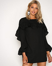 Glamorous Black Frill Sleeve Dress