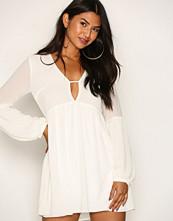 Glamorous White L/S Dreamy Dress