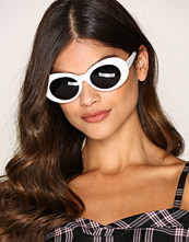 NLY Accessories Hvit Oval Sunglasses
