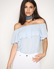 NLY Trend Blå Summer Frill Top