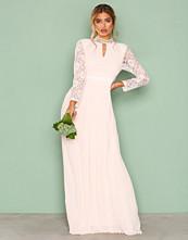 TFNC Champagne Cassie Maxi Dress