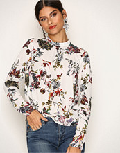 NLY Trend Mønstret Dream Way Blouse
