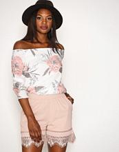 Vero Moda Lys rosa Vmbella N/W Lace Shorts