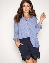 Vero Moda Mørk blå Vmbella N/W Lace Shorts