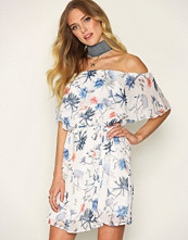 Only Hvit onlAURA Offshoulder Short Dress Wvn