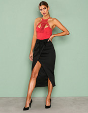 NLY One Svart Wrap Over Skirt